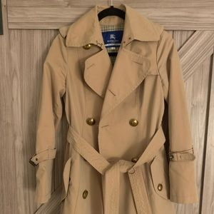 Burberry classic trench coat blue label like new